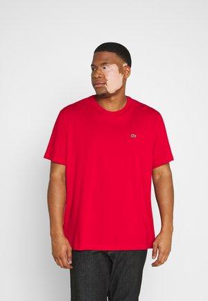 PLUS - Basic T-shirt - rouge