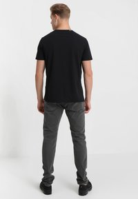 Replay - Camiseta estampada - black - 2