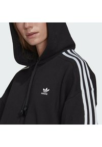 adidas Originals - SHORT HOODIE - Hoodie - black - 4