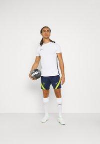 Nike Performance - TOTTENHAM HOTSPURS SHORT  - Club wear - binary blue/green - 1