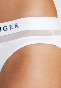 Tommy Hilfiger - SHEER FLEX  - Briefs - white - 4