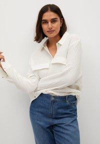 Violeta by Mango - SOBRE - Button-down blouse - weiß - 4