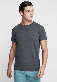 GANT - THE ORIGINAL - T-shirt - bas - anthracite - 0