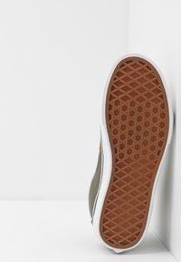 Vans - SK8 - Sneakersy wysokie - grape leaf/drizzle - 5