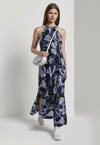 TOM TAILOR DENIM - TROPICAL  - Maxi dress - black blue tropical print - 1
