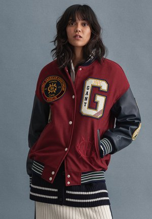 ROYALTY VARSITY - Chaquetas bomber - carbernet red