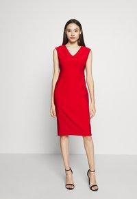 Lauren Ralph Lauren Petite - JANNETTE CAP SLEEVE DAY DRESS - Shift dress - persimmon - 1