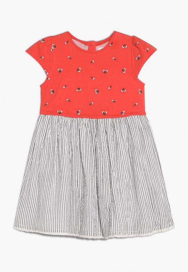 MINI GIRLS - Žerzejové šaty - coral