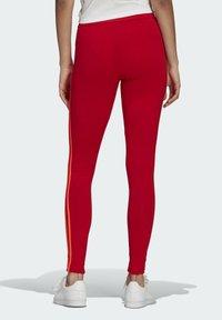 adidas Originals - HW TIGHTS - Legging - scarlet/semi solar red - 1