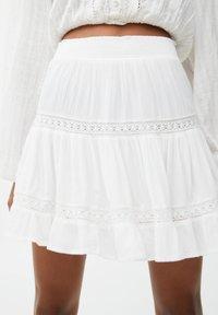 PULL&BEAR - Mini skirt - off-white - 5