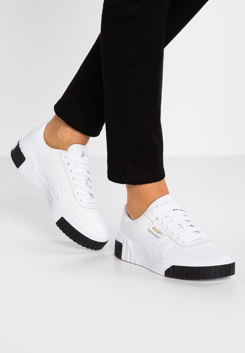 Puma CALI - Sneaker low - white/black/weiß - Zalando.de
