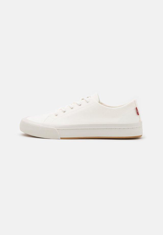 SUMMIT - Sneaker low - regular white
