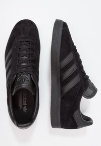 adidas Originals - GAZELLE - Zapatillas - core black - 1