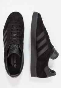 adidas Originals - GAZELLE - Baskets basses - core black - 1