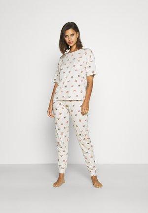 Pyjamas - oatmeal