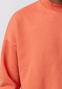 Tigha - Sweatshirt - sunrise orange - 4