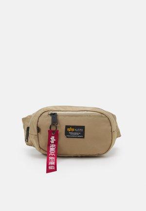 CREW WAIST BAG UNISEX - Bum bag - sand