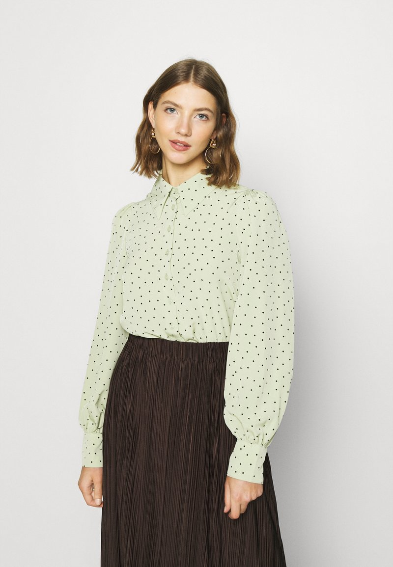 Monki - NALA BLOUSE - Button-down blouse - green dusty light