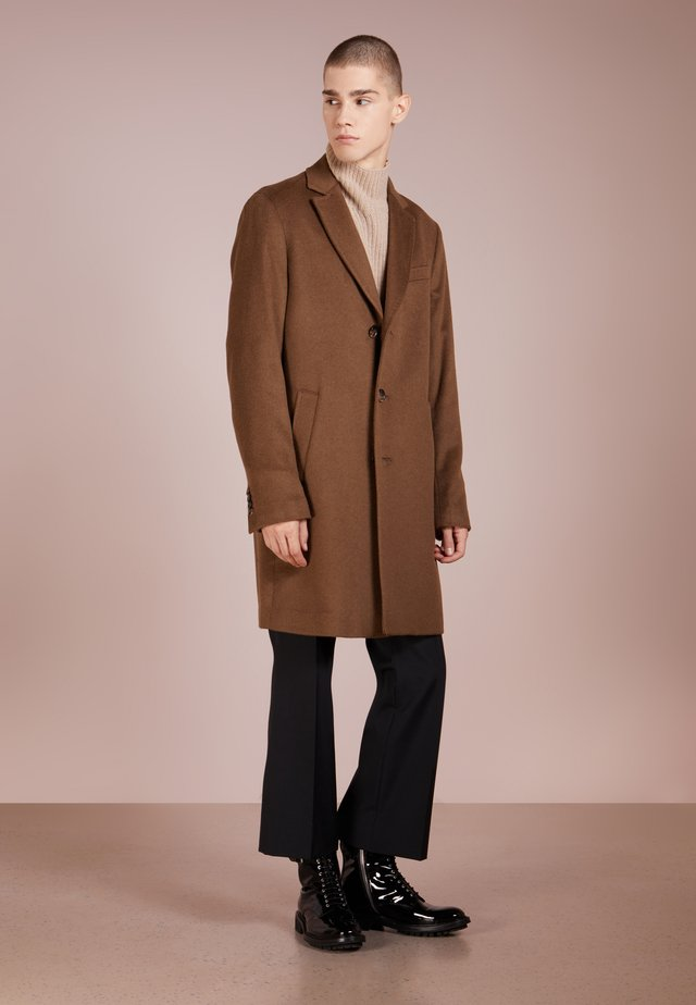 SULTAN RELAX COAT - Villakangastakki - light camel