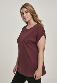 Urban Classics - EXTENDED SHOULDER TEE - Camiseta básica - redwine - 3