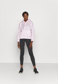 Reebok - TRACKSUIT - Tracksuit - frost berry - 4