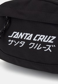 Santa Cruz - MIXED UP WAISTPACK UNISEX - Sac banane - black - 3