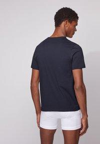 BOSS - 3 PACK - Unterhemd/-shirt - open green - 2