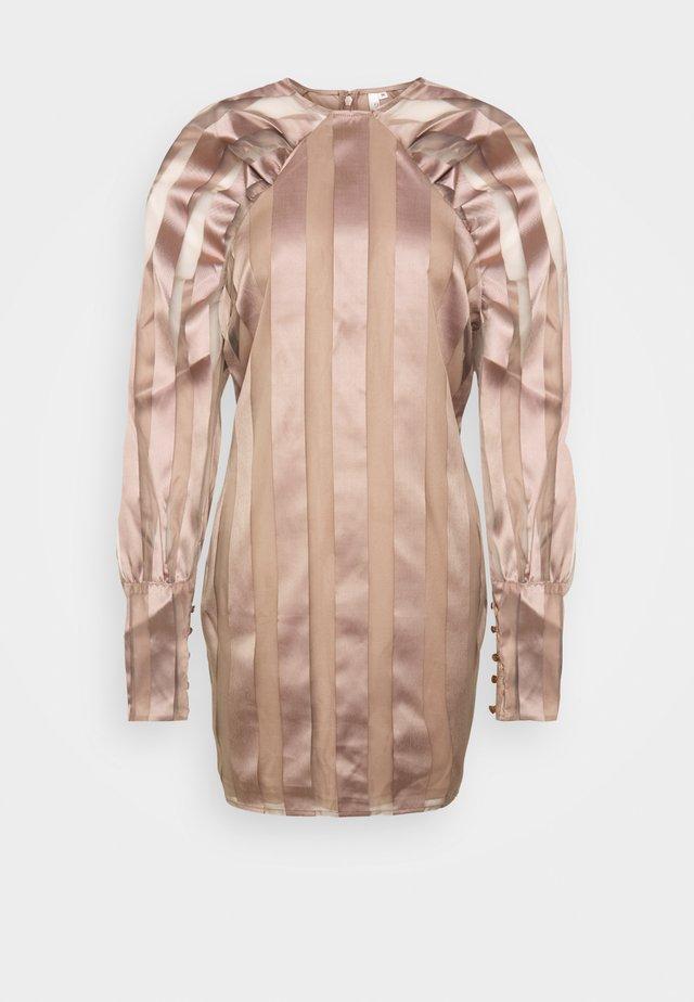 DREAM SLEEVE DRESS - Vestito estivo - nougat
