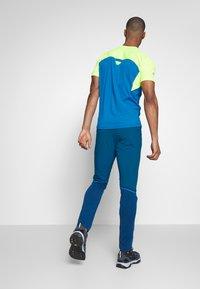 Dynafit - TRANSALPER HYBRID - Spodnie materiałowe - mykonos blue - 2