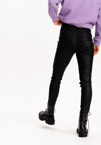 Pimkie - Kalhoty - schwarz - 2