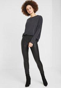 Monki - CLAUDIA - Long sleeved top - black - 1