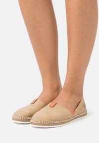 Rieker - Slippers - sand/orange - 0