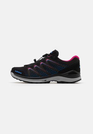 MADDOX GTX - Hiking shoes - black/fuchsia
