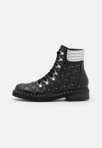 Melvin & Hamilton - BONNIE  - Lace-up ankle boots - black/silver - 1