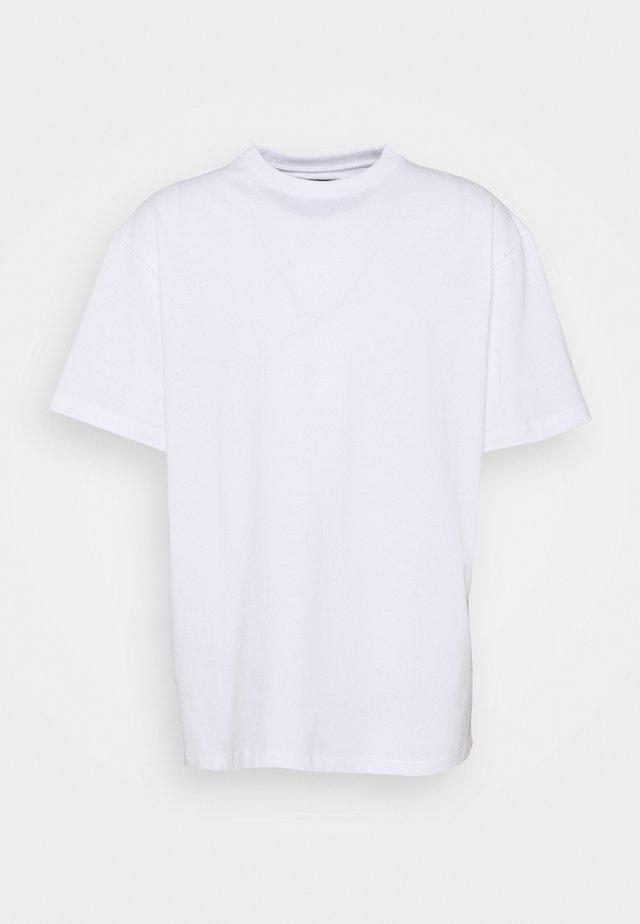 OVERSIZE TEE - Basic T-shirt - white