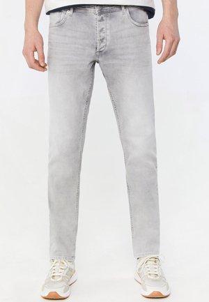 WE FASHION HEREN SLIM FIT JEANS MET LICHTE WASSING - Slim fit jeans - grey
