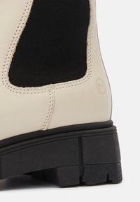 Tamaris - Vysoká obuv - ivory/black - 3