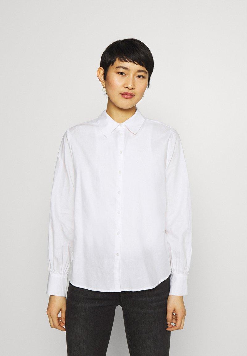 Opus - FAMIMI - Overhemdblouse - white
