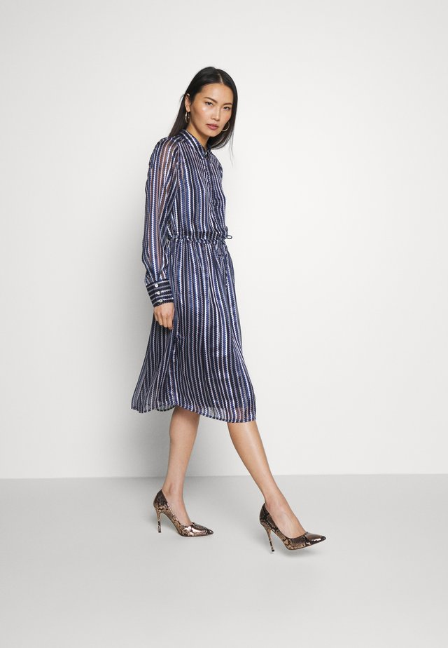 DRHILORY  DRESS  - Košilové šaty - dark sapphire mix