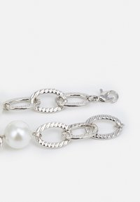 Uncommon Souls - CHUNKY PEARL BRACELET UNISEX - Bransoletka - silver-coloured - 1