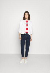 GANT - STRIPED NAUTICAL - Print T-shirt - lava red - 1