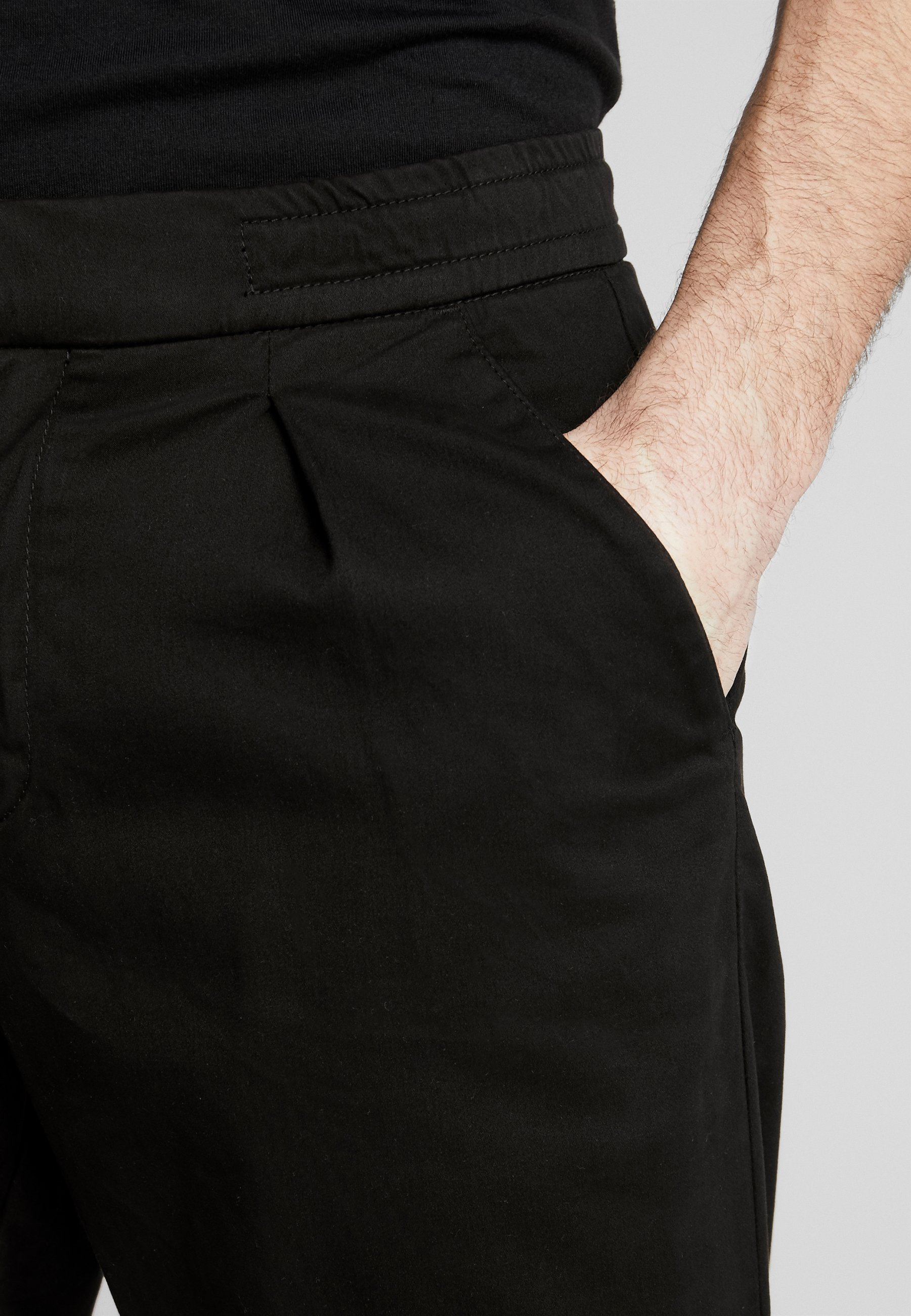Redefined Rebel LEE CROPPED PANTS - Pantalon classique - black