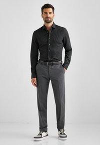 Baldessarini - MASSA - Trousers - quiet shade - 1