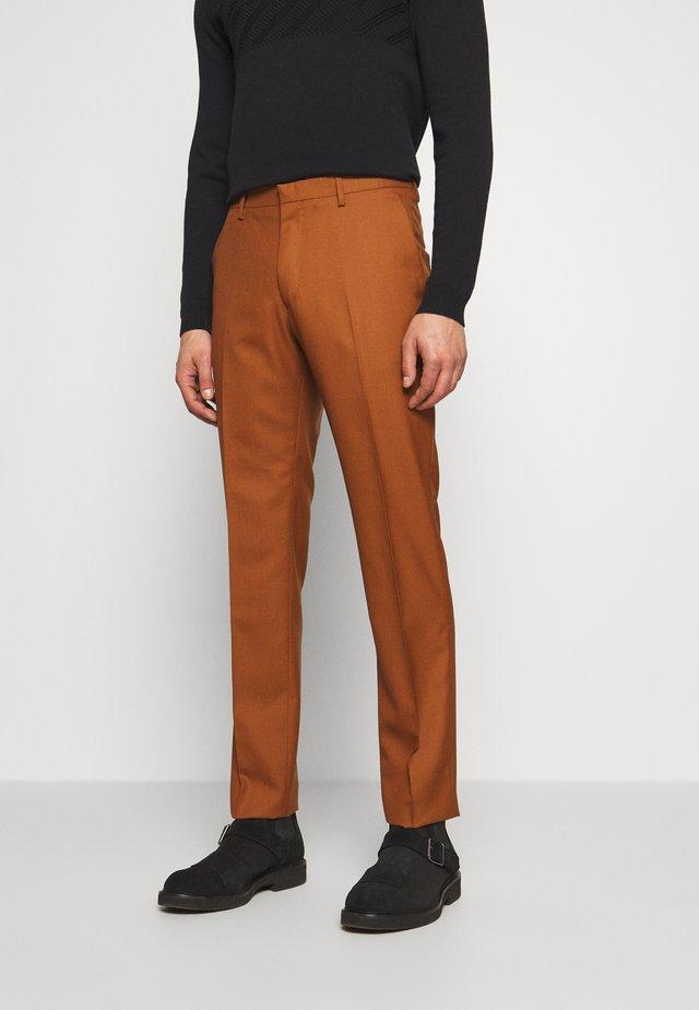 THODD - Oblekové kalhoty - henna