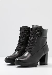 Anna Field Select - LEATHER PLATFORM ANKLE BOOTS - Platform ankle boots - black - 4