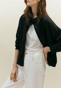 Massimo Dutti - MIT TASCHEN  - Summer jacket - black - 2