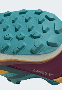 adidas Performance - TERREX AGRAVIC GORE-TEX BOOST TRAIL RUNNING - Løbesko trail - turquoise - 9