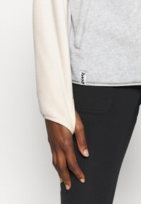 Eivy - MOUNTAIN - Fleece jumper - off-white - 4