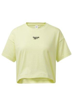 CROPPED T-SHIRT - Print T-shirt - yellow