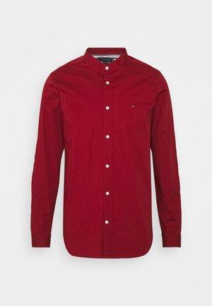 SLIM STRETCH SHIRT - Shirt - regatta red
